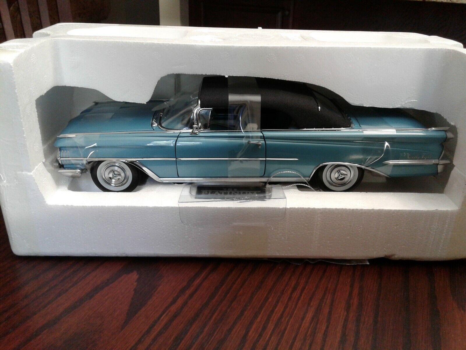 Sun Star Platinum Col 1959 Oldsmobile Congreenible Aqua  w Black Top Diecast 1 18