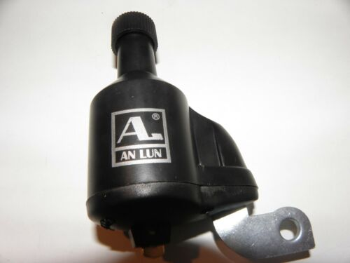 1 X Fahrraddynamo Dynamo 6V 3W Kunststoff schwarz Rechte Anbauseite Nr 01412