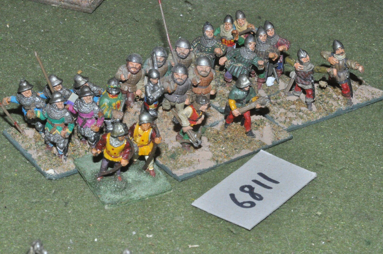 25mm medieval   generic - infantry 24 figs metal painted - inf (6811)