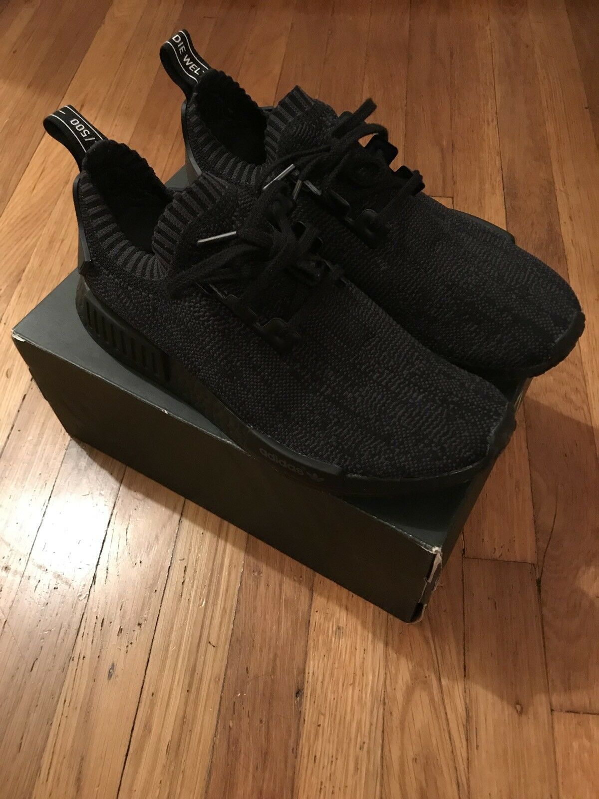 Adidas Nmd Amici Famiglia F & F Pitch 1 Nero 1 Pitch / 500 Sz 9 Limitata Raro P / Box 4be177