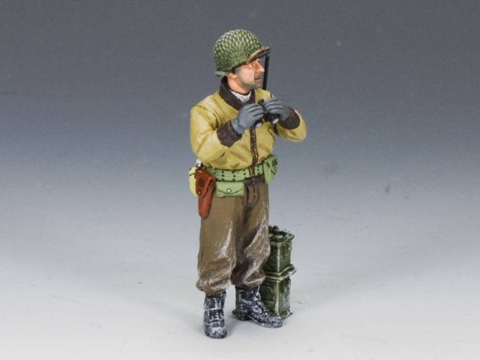 NEW    King & Country Battle of the Bulge Winter Vehicle Scout BBA052
