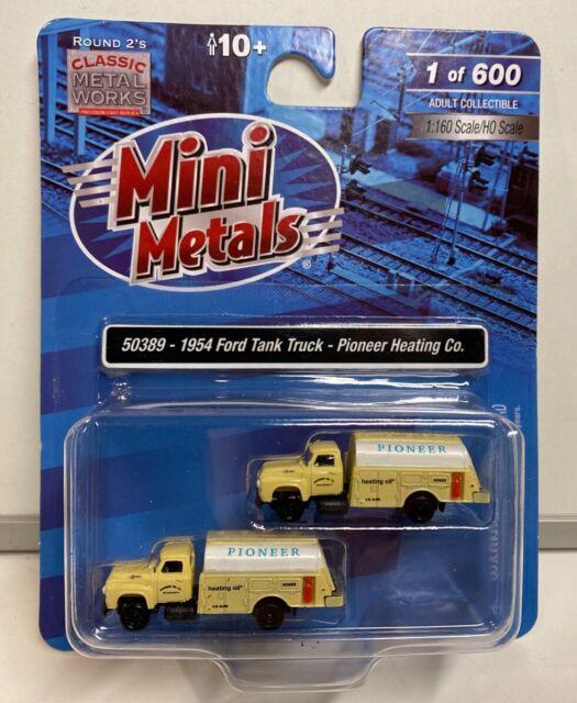 N Scale Classic Metal Works 50389 1954 Ford Tank Truck Pioneer Heating Company
