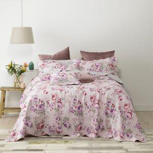 Bianca-Dahlia-Bedspread-Set-Lilac