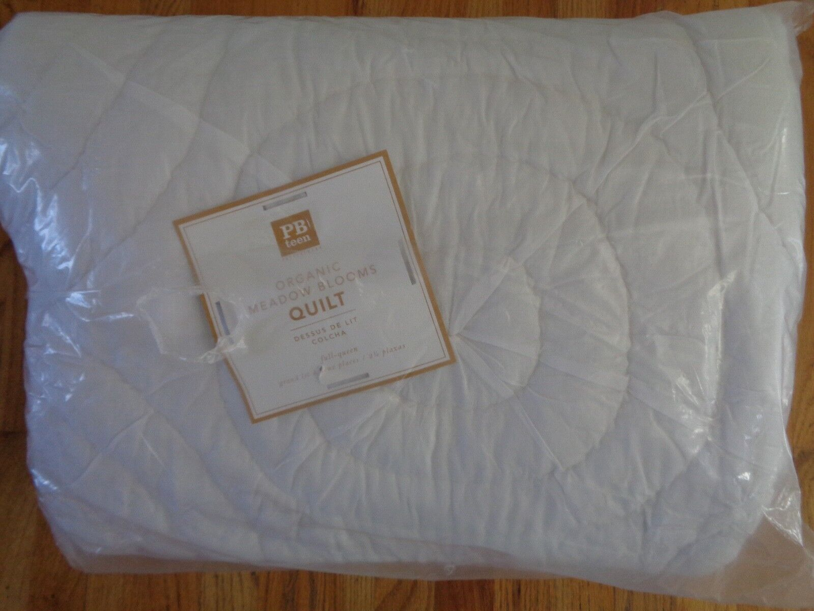 Pottery Barn TEEN ORGANIC MEADOWS BLOOM QUILTWHITEFULL QUEEN-NIP 199