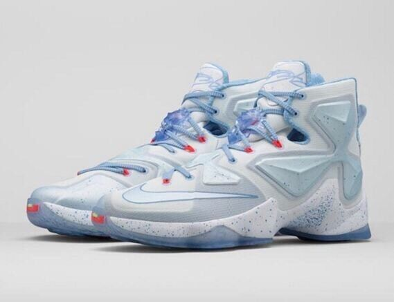 Nike Lebron XIII XMAS 816278-144 Summit White Blue Tint US 15 New