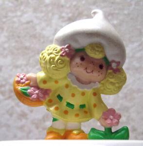 Vintage Strawberry Shortcake Lemon Meringue with Mirror