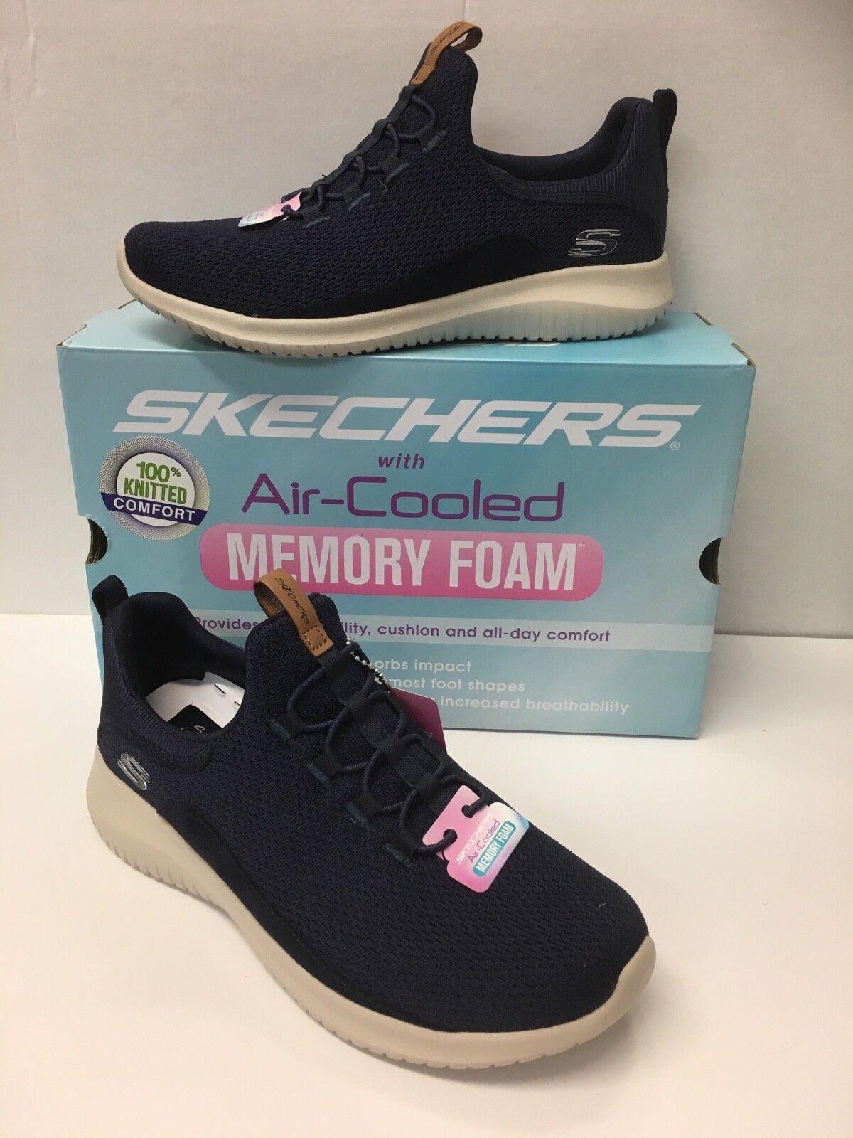 """Skechers Ladies Ultra Flex """"New Season """" Memory Foam Trainers in Navy"""