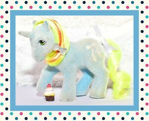 My-Little-Pony-MLP-1985-G1-Vtg-Unicorn-So-Soft-SS-RIBBON-Flocked-Yellow-Mane