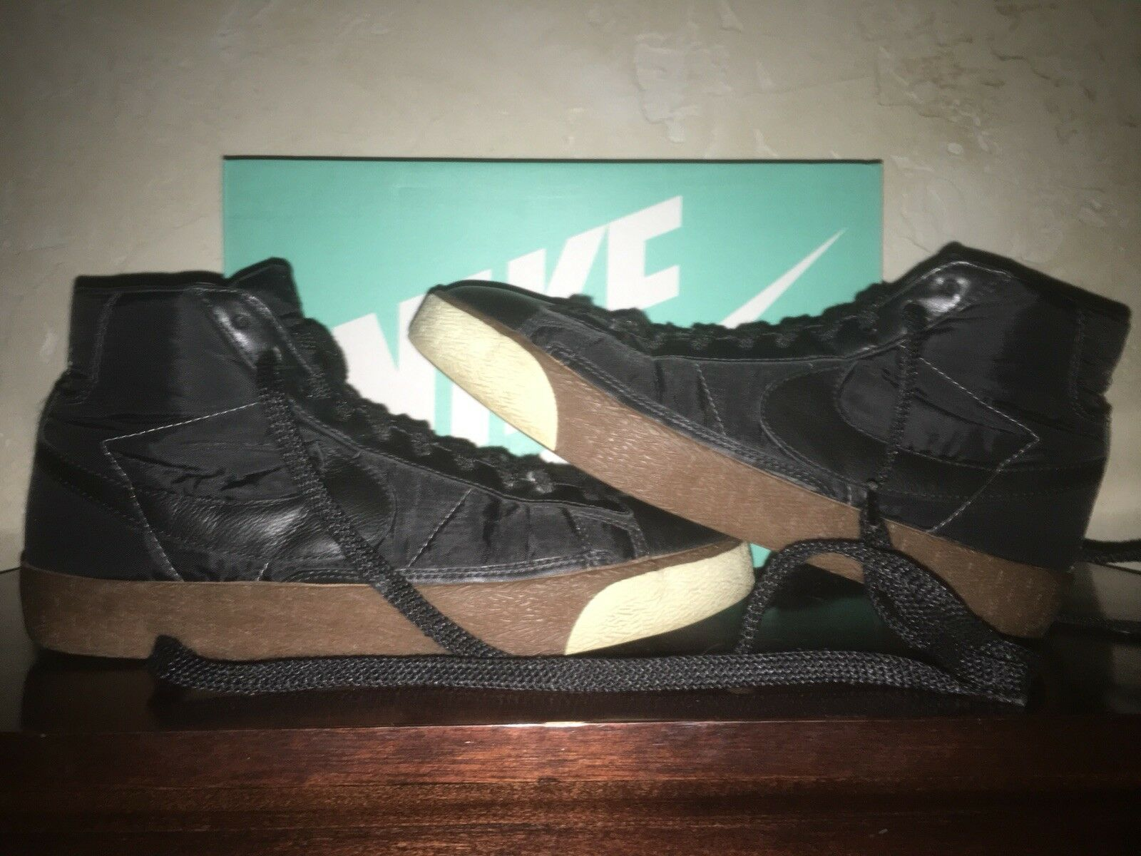 Mens Size 10 NIKE VINTAGE BLAZER High Top Black Black Basketball shoes