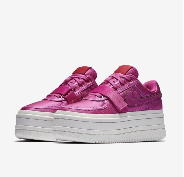 Nike Platform SNEAKERS Vandal 2k Womens