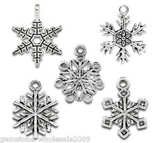 W09 50 Mixed Silver Tone Christmas Snowflake Charm Pendants