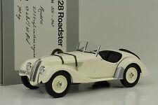 1936 BMW 328 Roadster creme 1:18 Minichamps Dealer Diecast