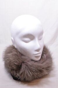 Max-Mara-Italian-Fox-Fur-Collar