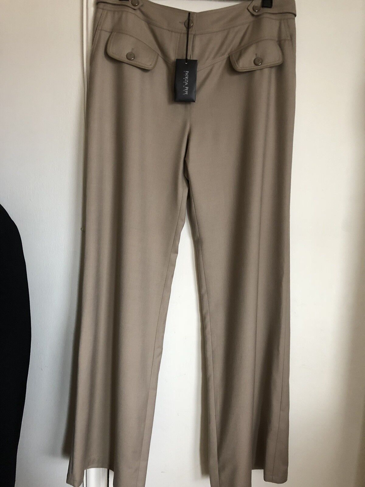 New Patrizia Pepe Ladies Pants With Tag Authentic Beige 44.Made In .