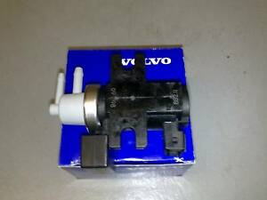 GENUINE-VOLVO-TURBO-CONTROL-GOVERNOR-VALVE-D5-S60-V70-XC90-S80-XC70-30637251