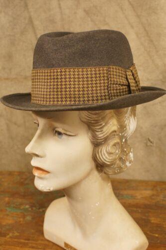Vintage 1930's-40's Rare Dorosin's Marshalltown Cl