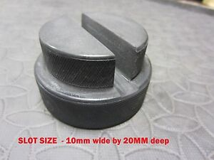 Trolley-Jack-Tool-Rubber-pad-Pinch-Weld-slot-20mm-Deep-10mm-jacking-Classic-Car