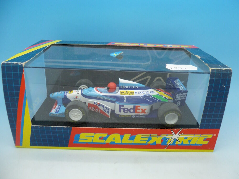 C2106 Scalextric Benetton Renault B193 No 8