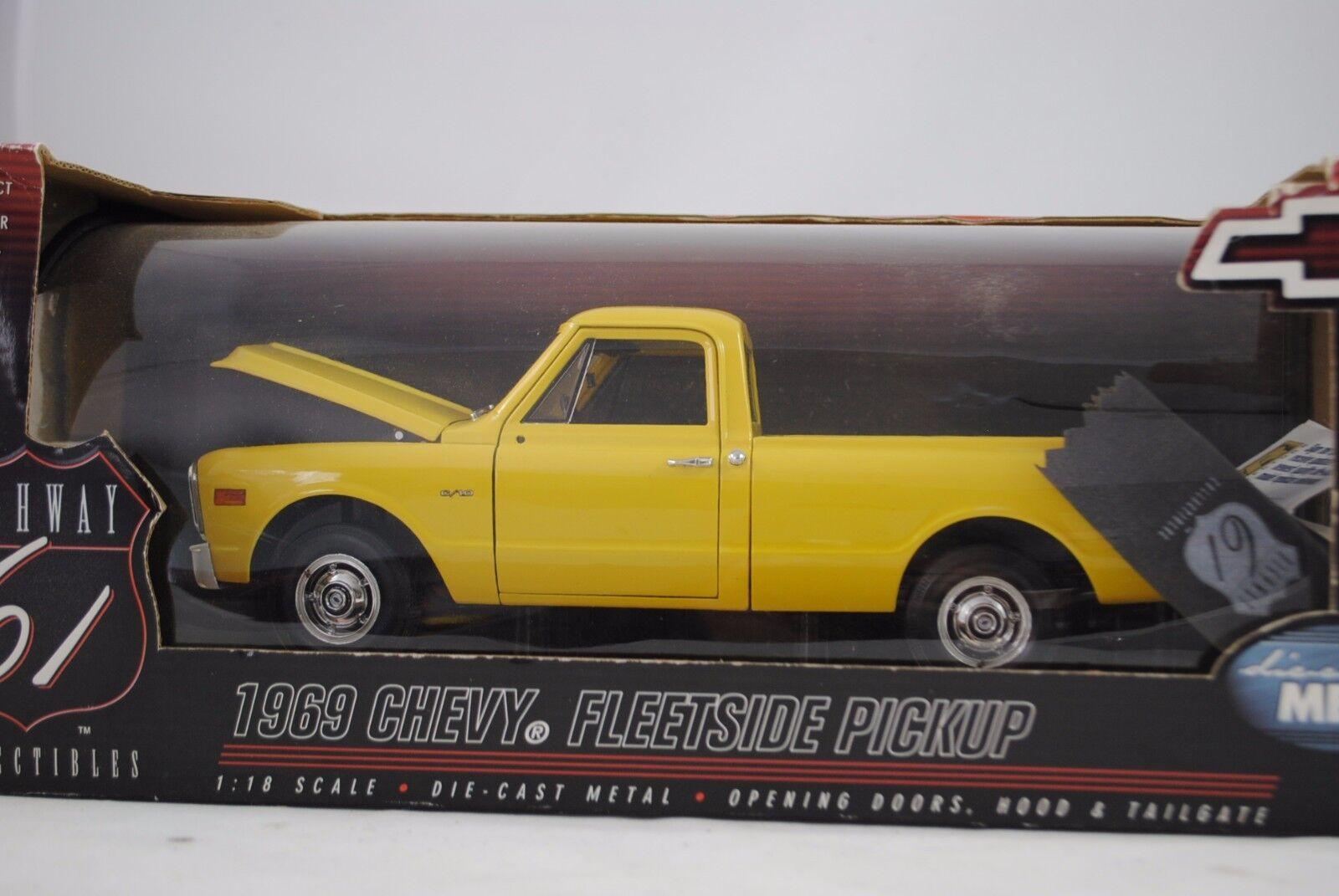 1 18 Highway 61 1969 Chevy fleetside pickup giallo giallo-rareza nuevo en el embalaje original