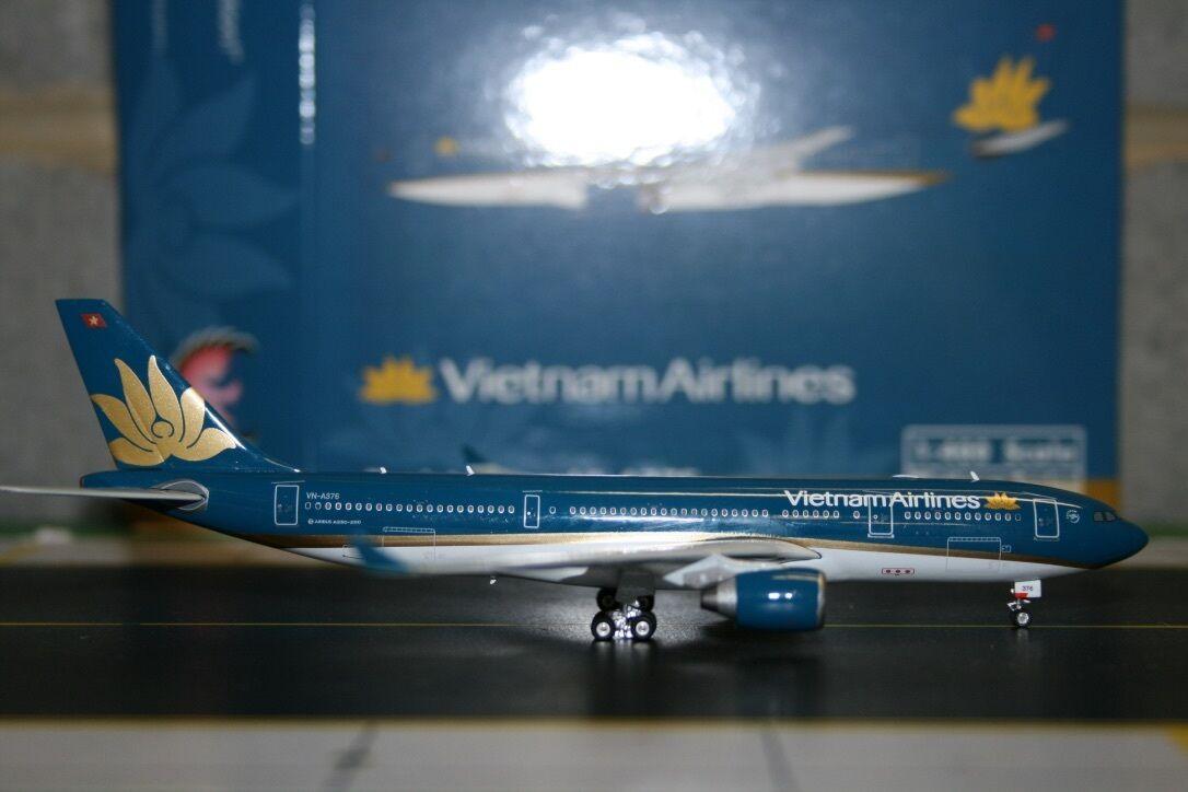 Phoenix 1 400 Vietnam Airlines Airbus A330-200 VN-A376 (PH4HVNXXX) Model Plane