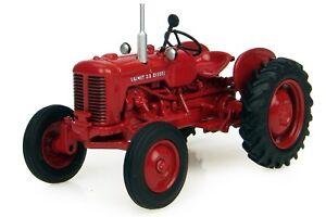 Tracteur-agricole-1-16-VALMET-33-DIESEL-par-UNIVERSAL-HOBBIES-NEUF