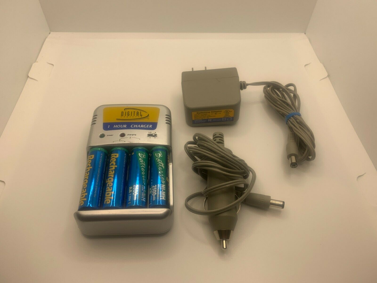 Digital Concepts 1 Hour Charger 4 AA and 2 AAA with Car Adapter