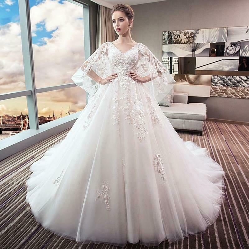 Luxury Lace Embroidery Appliques Sweet Vintage V-Neck Gown