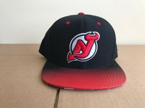 Mitchell and Ness NHL NEW JERSEY DEVILS Adjustable Hats BLACK//RED