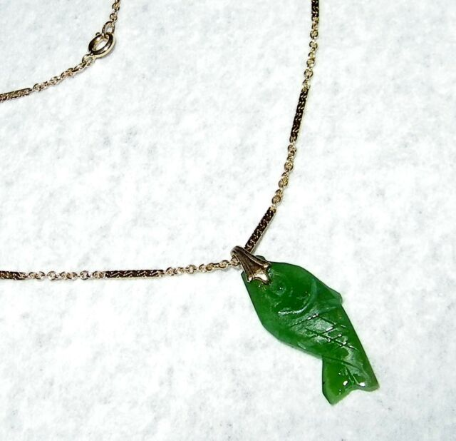 UNIQUE HAND CRAFTED JADE FISH PENDANT WITH 17 INCH CHAIN