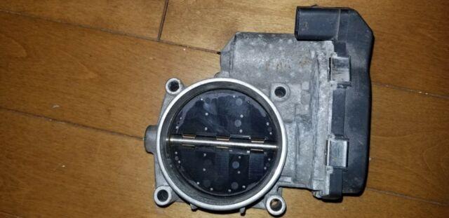 OEM BMW Throttle Body Part # - 7556118