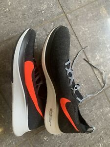 MENS-NIKE-ZOOM-FLY-FLYKNIT-TRAINERS-SIZE-9-EU-44-BLACK-AR4561-005-RUNNING