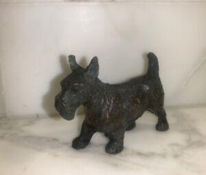 Vintage-Cast-Iron-Scottish-Terrier-Figurine-Scottie-Dog-EVC