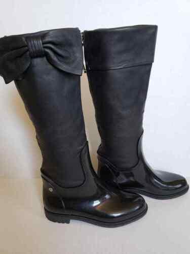 EUC Valentino Garavani Rain Leather Bow Boots 35