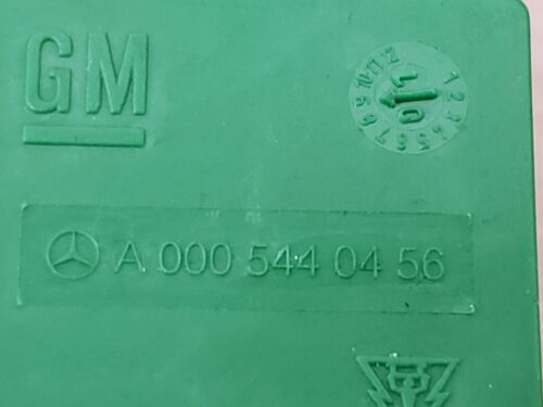 99-05 MERCEDES ML RELAY OEM A 000 544 04 56          A0005440456