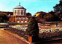 Hannover - Herrenhausen , Schmuckplatz im Berggarten ,ungelaufene Ansichtskarte