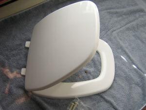 Eljer Emblem Toilet Seat. Image is loading Eljer Emblem Elongated Square Front Toilet Seat White  NEW eBay