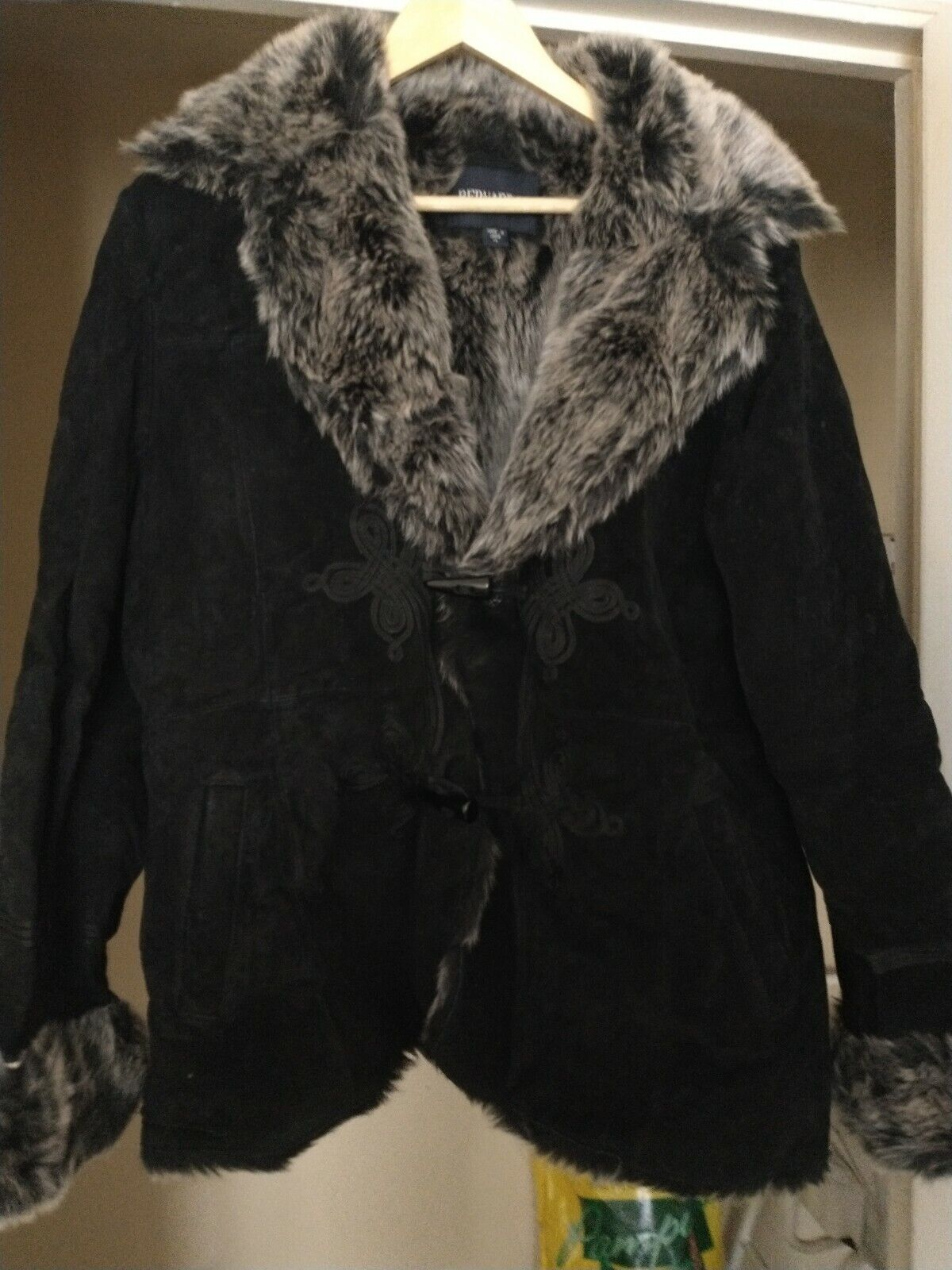 Black faux fur and real suade jacket size xl