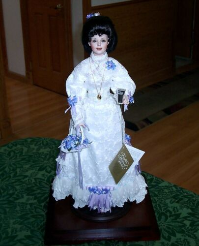 1996 FRANKLIN MINT EMMA COCA COLA HEIRLOOM DOLL CIRCA 1905 WITH DISPLAY CASE