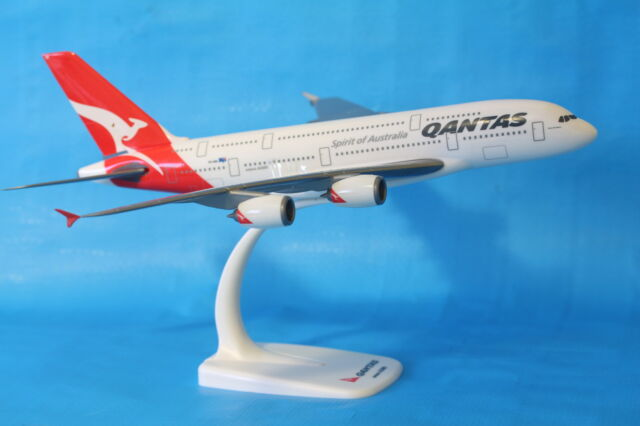 Brand New Qantas Airbus A380 Aeroplane Model Plane 1:250 Reg VH OQA PPC007A