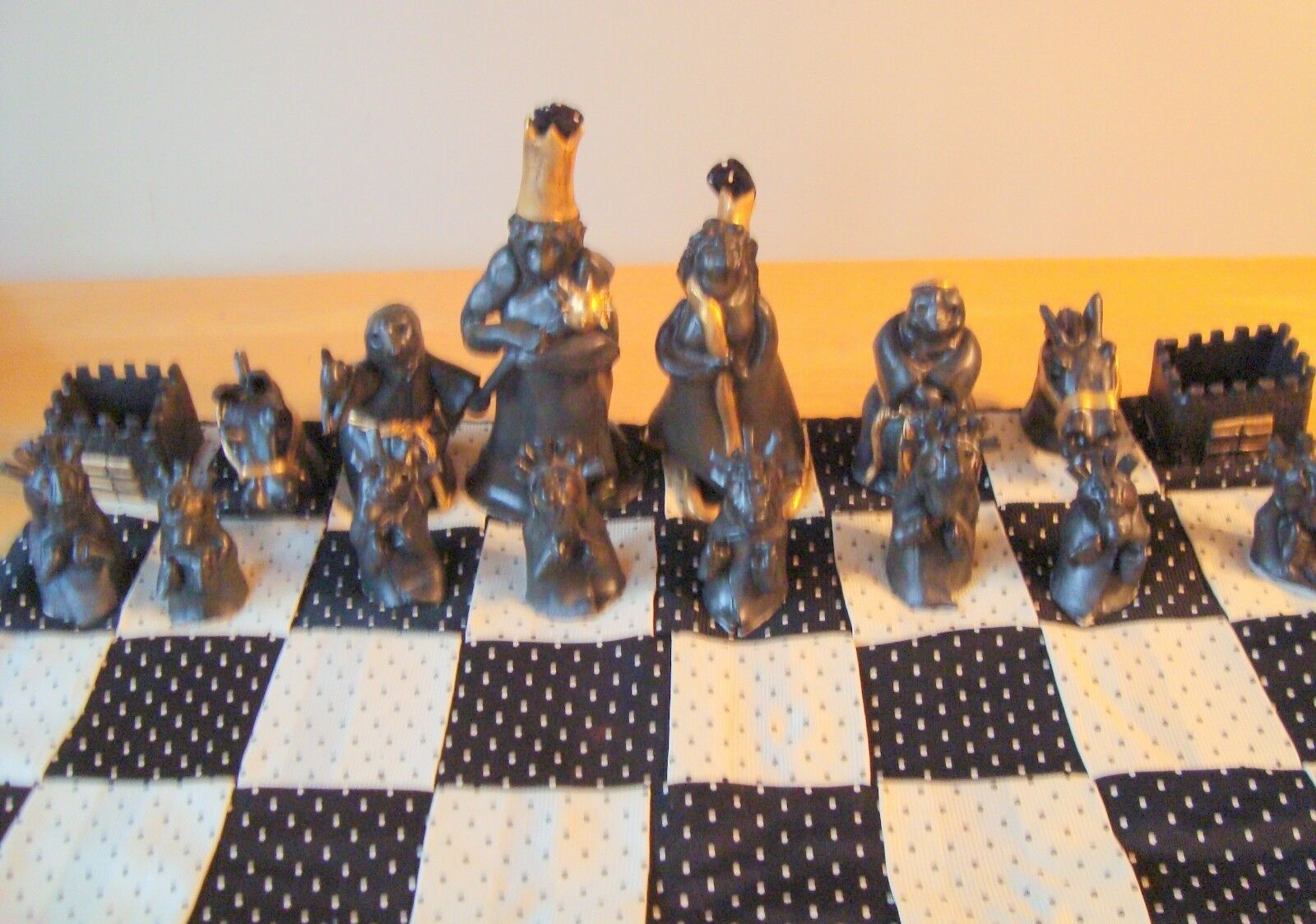 Ancient Aliens RARE COLLECTOR Ceramic chess set (objet nº 6)
