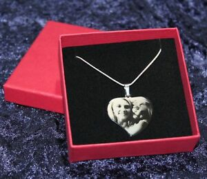 Bildgravur-geschw-Herz-Anhaenger-Edelstahlanhaenger-Fotogravur-zum-Valentinstag