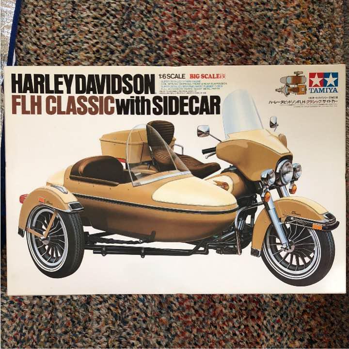 Tamiya 1  6 Motorcycle Series NO 18 Harley Davidson FLH Sidebil Plastmodellllerl F  S