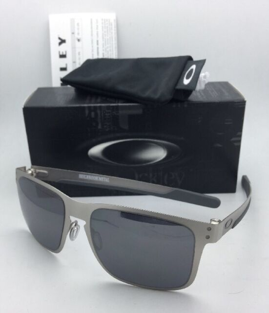 fdc523d2cd7 New Oakley Sunglasses HOLBROOK METAL OO4123-03 Satin Chrome w Black Iridium  Lens