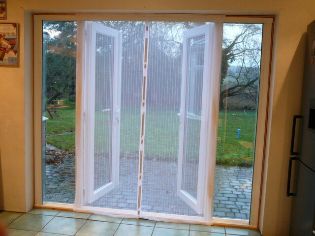 Fly Screen Self Closing Magnetic Patio Door White 120 X 215cm With Top Rod