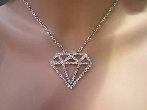New Large Hip Hop Silver Outline Diamond Shaped Crystal Pendant Necklace