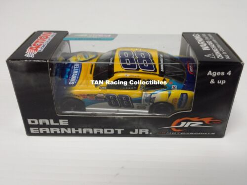 Dale Earnhardt Jr 2015 Lionel Collectibles #88 Hellmann/'s Squeeze Camaro 1//64