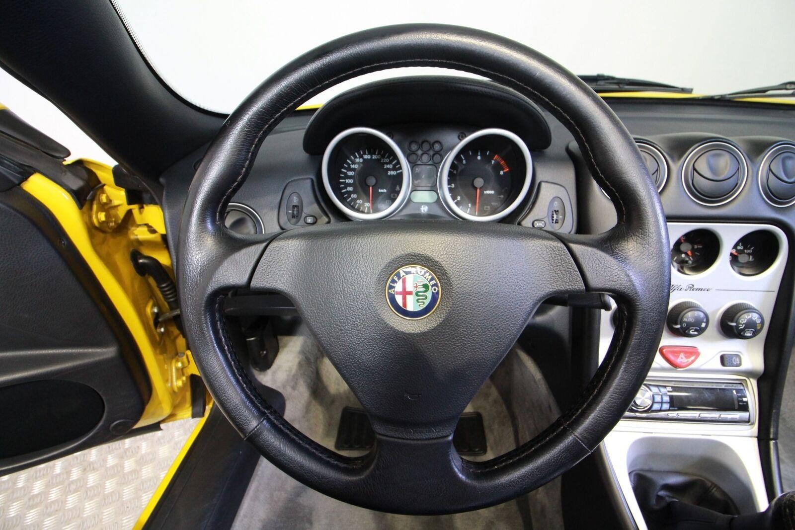 Alfa Romeo Spider TS 16V