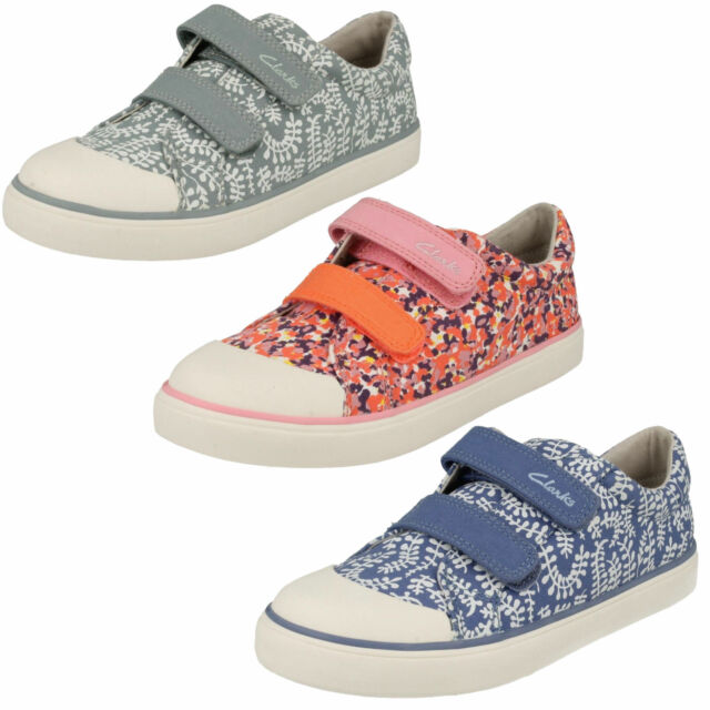 CLARKS Brill Ice Girls Canvas Doodle Shoe * SALE