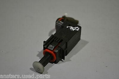 9185906 fits Astra Corsa Meriva Signum Zafira Brake Light Switch Vauxhall//Opel