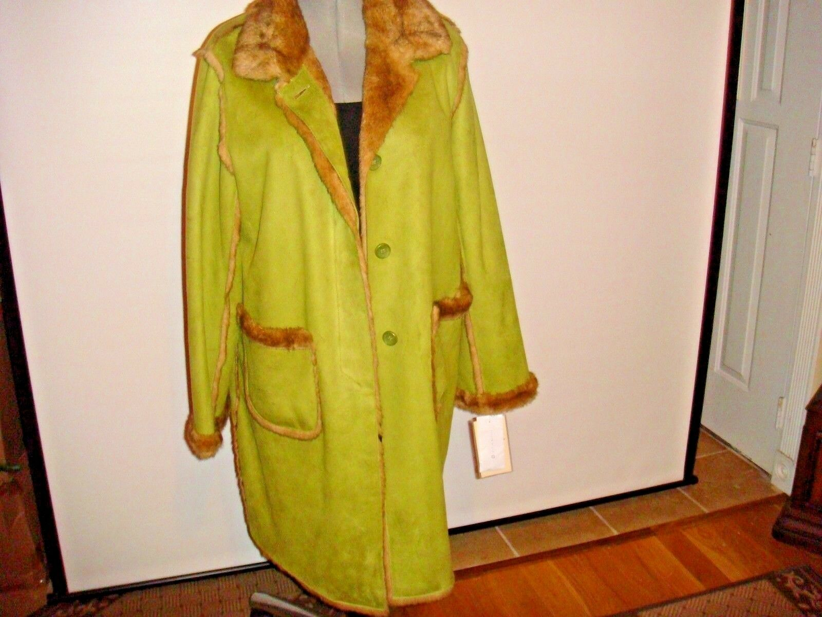 NWT TERRY-LEWIS  Exquisite  GREEN    Faux Fur Coat Sz  LARGE